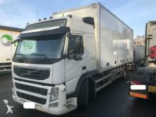 vrachtwagen Volvo FM330