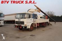 camión Fiat 110 110 CARRELLONE CON RAMPE E GRU PESCI