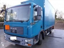 camião MAN TGL 7.180