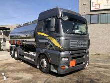 camion cisterna prodotti chimici MAN
