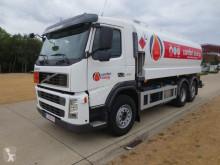Volvo Tankfahrzeug Chemische Erzeugnisse