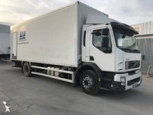 camion fourgon polyfond Volvo