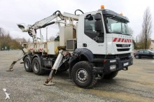 camión taladradora Iveco