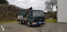 camião plataforma articulado telescópico Volvo