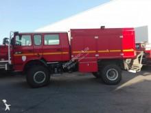 camião veículo de bombeiros combate a incêndio Renault