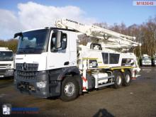 tweedehands vrachtwagen beton mixer + pomp