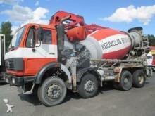 vrachtwagen beton molen / Mixer Putzmeister