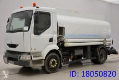 Renault Tankfahrzeug Chemische Erzeugnisse
