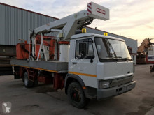 camion nacelle Iveco