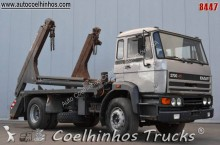 camion portacontainers DAF