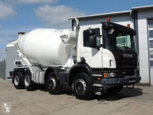 ciężarówka betonomieszarka Scania