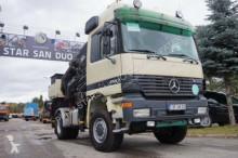 Mercedes 1943 4x4 HIAB 400 E7 EURO 3 WINDE Kran Cran truck
