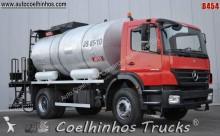 camion citerne à goudron Mercedes