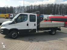 Iveco 50C17 / 7 PERSON / THREE SIDED TIPPER truck