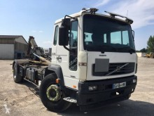 Volvo FL6 250 truck