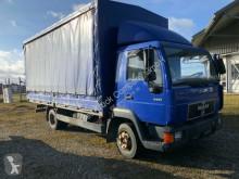 camion MAN 8.224 Pritsche/Schiebe/Plane mit Anhänger
