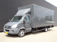 camion Iveco 65.180 LBW / KOFFER