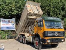 vrachtwagen dumper Mercedes