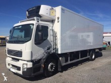 camion frigo multi température Volvo
