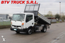 camion ribaltabile trilaterale Nissan