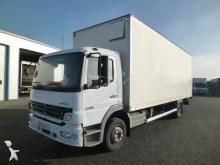 camión furgón caja polyfond Mercedes