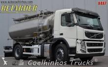 camion cisternă Volvo
