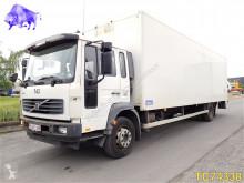 camion Volvo FL6