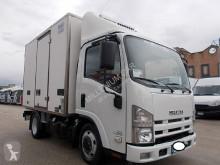 Isuzu Si truck