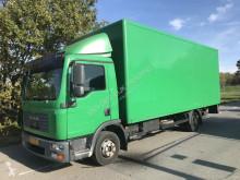 vrachtwagen bakwagen MAN