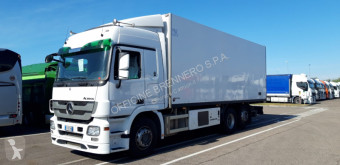 camion isotermico Mercedes