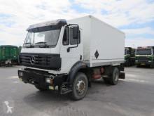 vrachtwagen Mercedes 1726