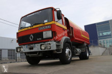 camion cisternă hidrocarburi Renault
