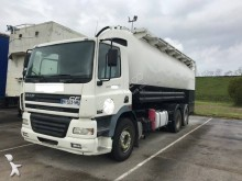 camion cisternă transport alimente DAF