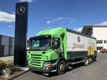 vrachtwagen platte bak drankenvervoer Scania