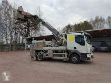 vrachtwagen hoogwerker Volvo