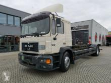 camião MAN 18.224 LL / Manual-8 / Ladebordwand