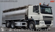 camion cisternă DAF