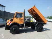 camión Unimog U 1650 427/21 KIPPER - AHK