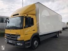 vrachtwagen bakwagen polyfond bakwagen Mercedes