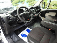 camião Peugeot BOXERPLANDEKA WINDA 8 PALET KLIMATYZACJA TEMPOMAT 180KM