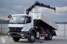vrachtwagen platte bak Mercedes