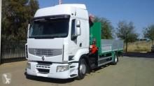 vrachtwagen platte bak Renault