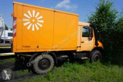 грузовик Unimog 408/20