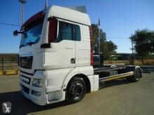 kamion podvozek MAN