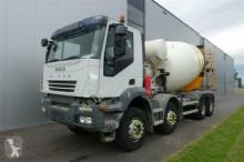 vrachtwagen Iveco TRAKKER 410