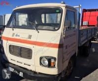 vrachtwagen Avia 2500