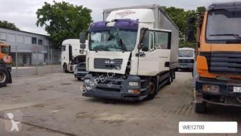 camião MAN 26 360