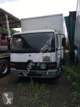 camion nc MERCEDES-BENZ - 817 blatt blatt koffer
