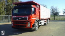 camión volquete Volvo