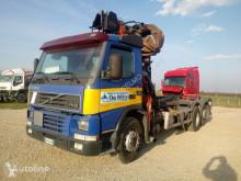 ciężarówka Hakowiec Volvo